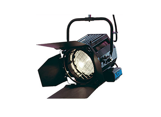photo Projecteur fresnel SH20 2KW ADB